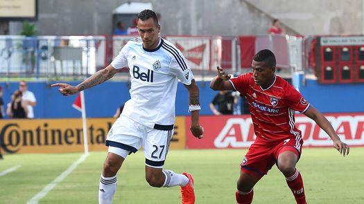 MLS suspende a Blas Pérez por un partido