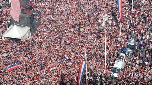 Croacia festeja hasta la madrugada:Perdisteis, pero conquistasteis el mundo