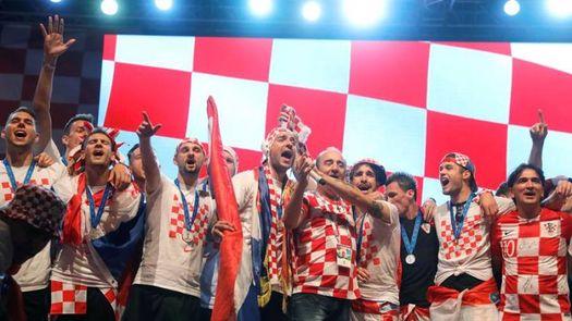 Criticas a la selección croata por mostrarse con un cantante considerado filonazi