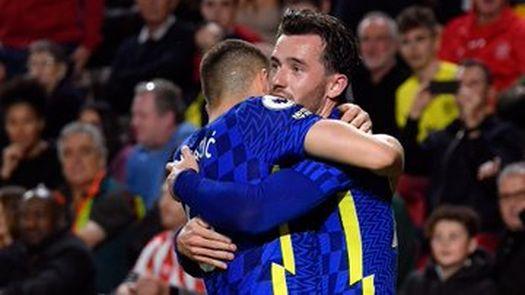 El Chelsea recupera el liderato contra un Brentford que mereció más