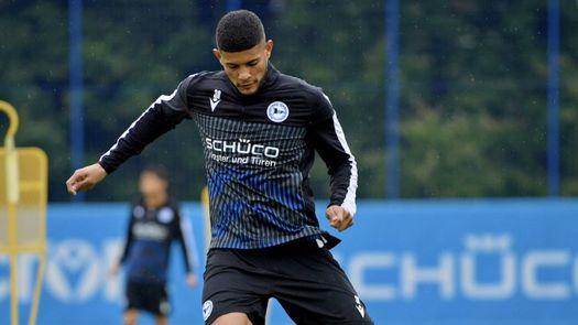 Andrés Andrade debuta en la Bundesliga de Alemania