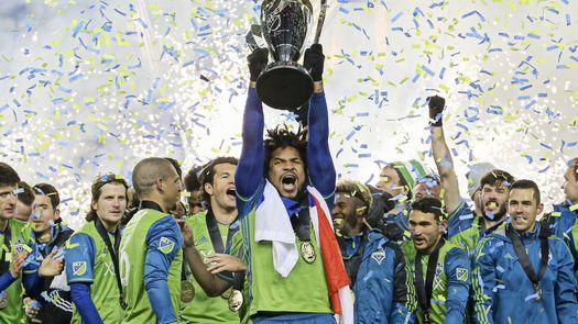 Con Román Torres de protagonista, Seattle Sounders se hace con la MLS Cup